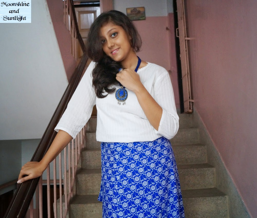 OOTD:  Sentimental boho (How to wear Kurti with long skirt) , Indian fasion blog, moonshine and sunlight, bohemian Indian style