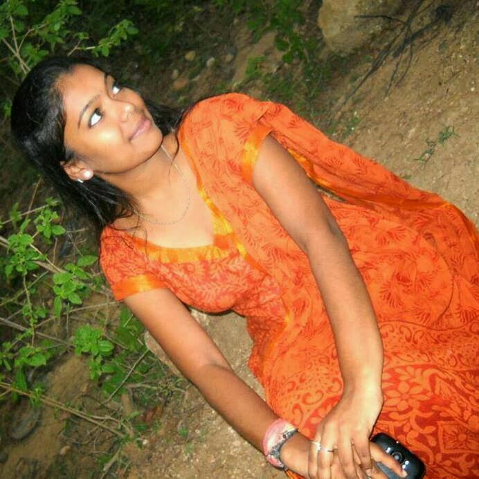 Indian Beautiful Girls Photos, Desi Girls Picture, Real Desi Ladkiya pics