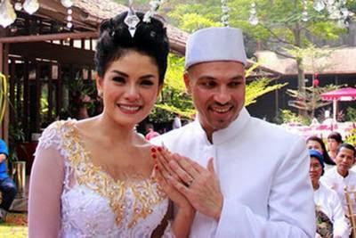 Berita Perceraian Nikita Mirzani 2014
