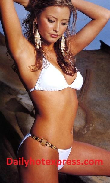 Holly valance bikini wife