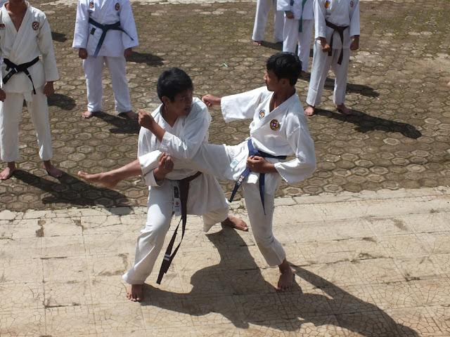 Latihan BKC (Bandung Karate Club)