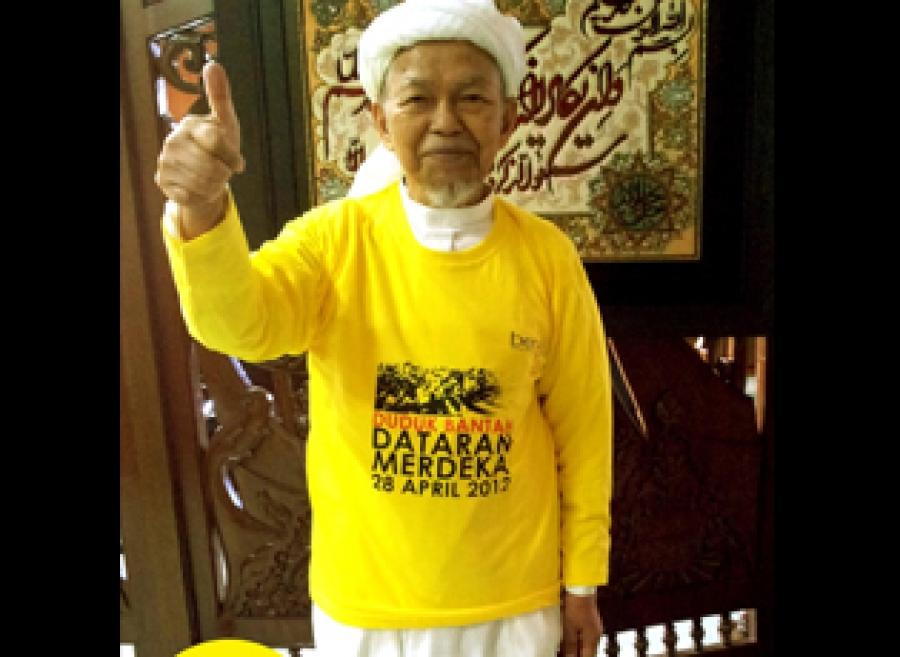 Nik Aziz Sokong Demonstrasi Kaitkan Bersih3 Dengan Ibadah Sapa