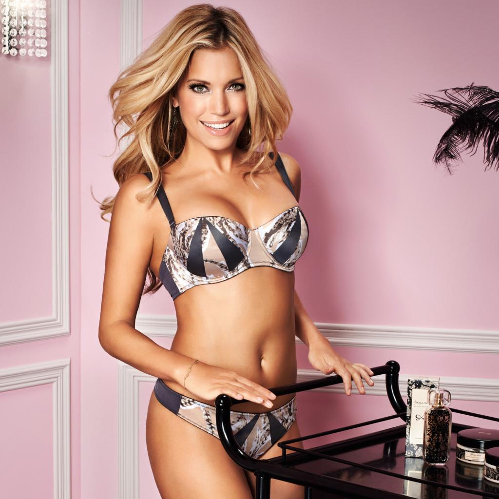 Sylvie van der Vaart - lingerie Photoshoot (2013)