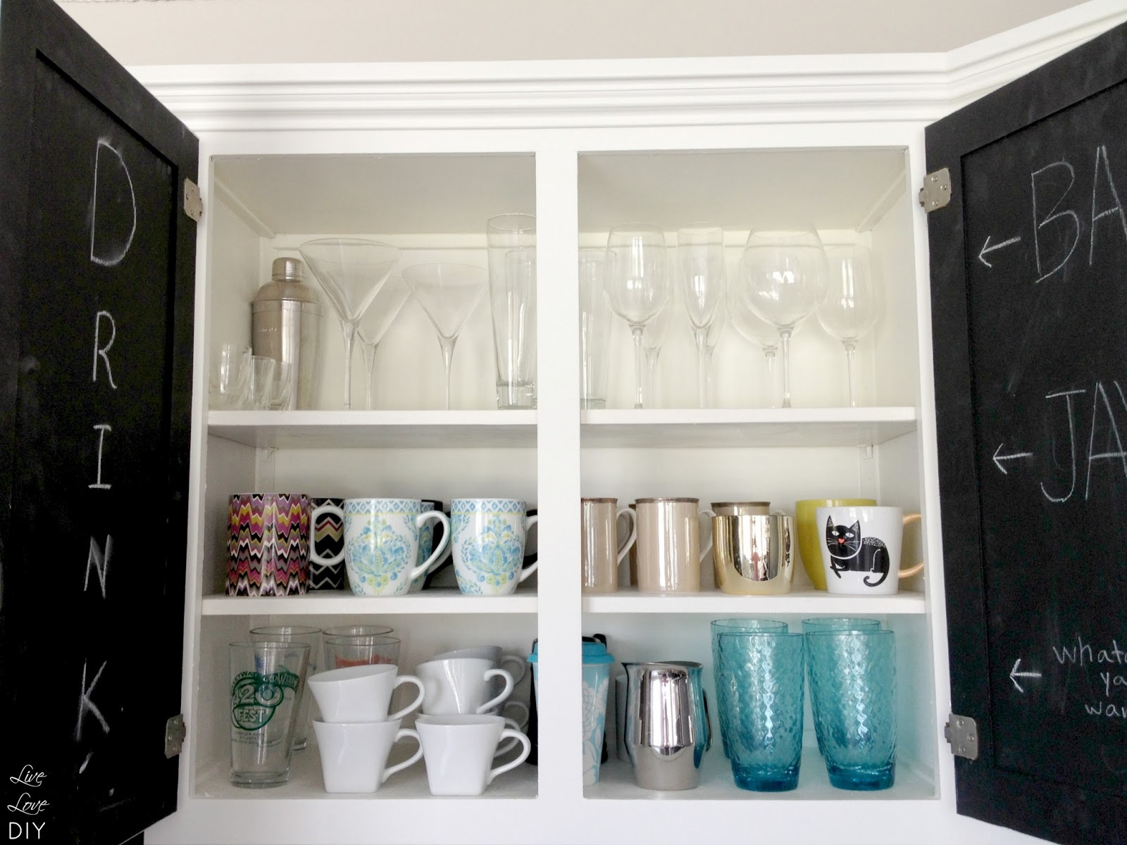 LiveLoveDIY: 10 Ways To Organize Your Life