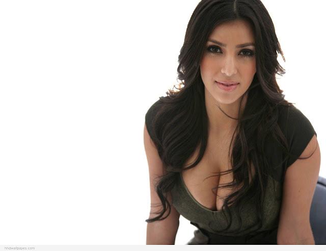 """<img src=""""http://4.bp.blogspot.com/-S70YHQv9tVQ/UgvsjXsITdI/AAAAAAAADmg/b4PsIpZKu0Q/s1600/Kim-Kardashian-Full-HD-Wallpaper-3.jpg"""" alt=""""Kim Kardashian sexy wallpaper"""" />"""