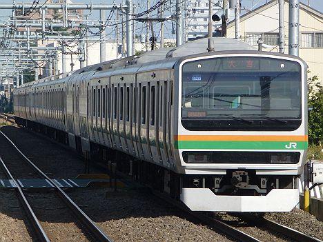 高崎線 普通 大宮行き 211系・E231系(上野~尾久間橋桁交換工事に伴う運行)