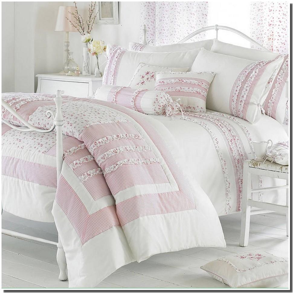 Nassima home chambre cottage et linge de lit liberty - Parure de lit zara home ...