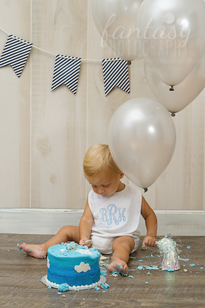 cake smash photographers in winston salem nc | cake smash photography winston salem