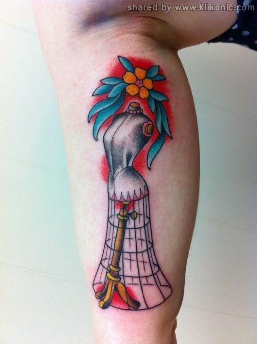 http://4.bp.blogspot.com/-S7NesXQwtM0/TX1o1ExMkCI/AAAAAAAARMA/gngP65EZk9A/s1600/tatto_37.jpg