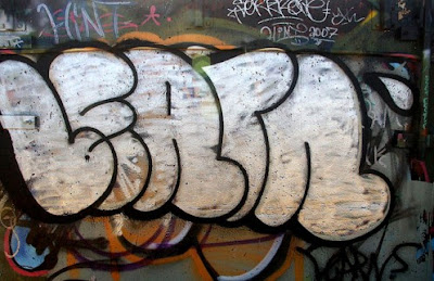 graffiti-bubble-letters-alphabet-wall