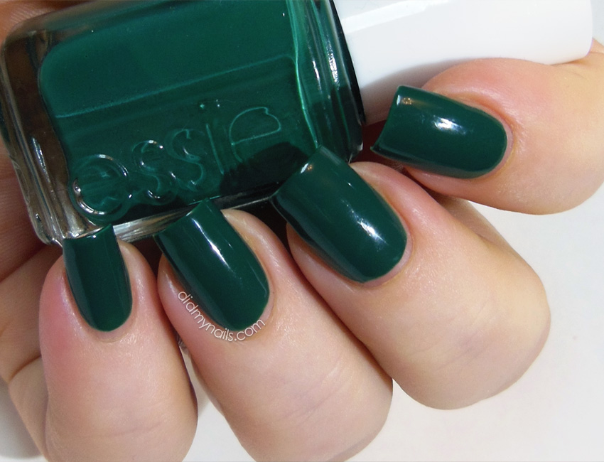 Essie Going Incognito swatch