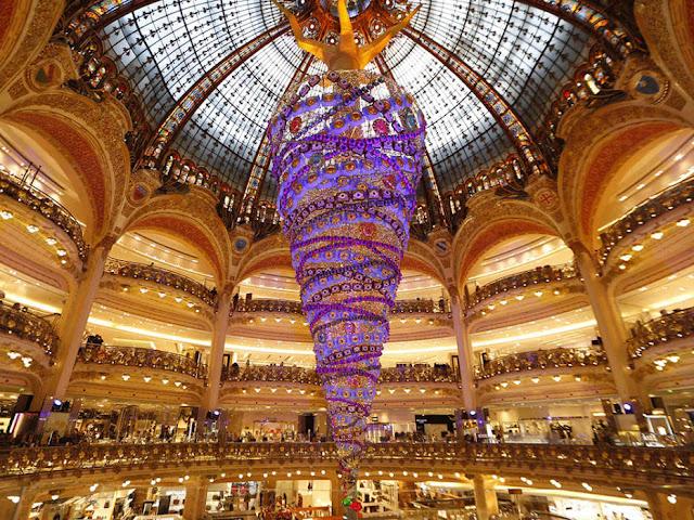 Natal Galeria Lafayettes, Paris