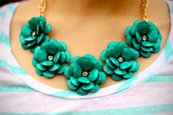 BaubleBar Jade Flower Necklace
