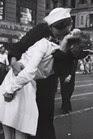 Un beso legal nunca vale tanto como un beso robado