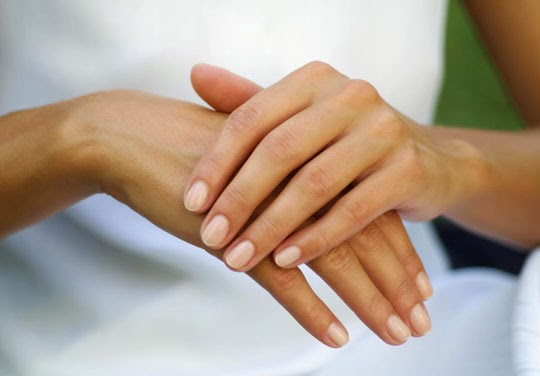 tanda-gangguan-kesehatan-dari-kondisi-tangan