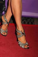 Jenna Elfman calves