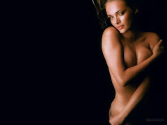 Amanda Marcum Topless Wallpaper