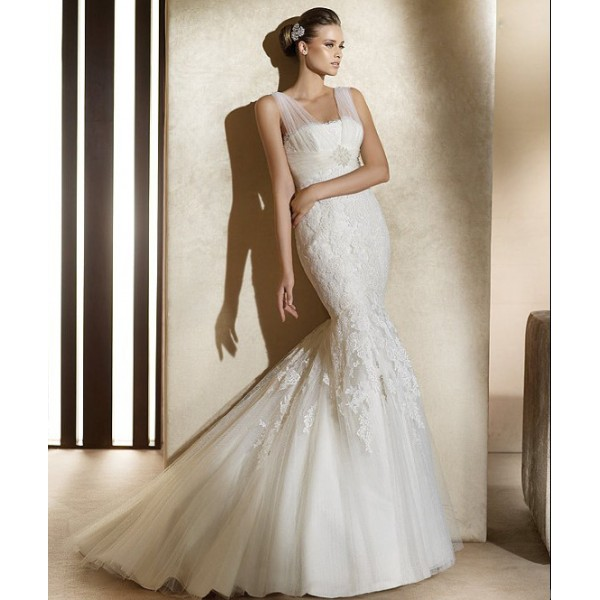 Mermaid Wedding Dress With Straps : Dressybridal trend alert wedding dresses with illusion