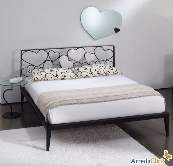 Arredaclick il blog sull 39 arredamento italiano online for Camera da letto ferro battuto