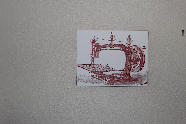 sewing machine wall art DIY