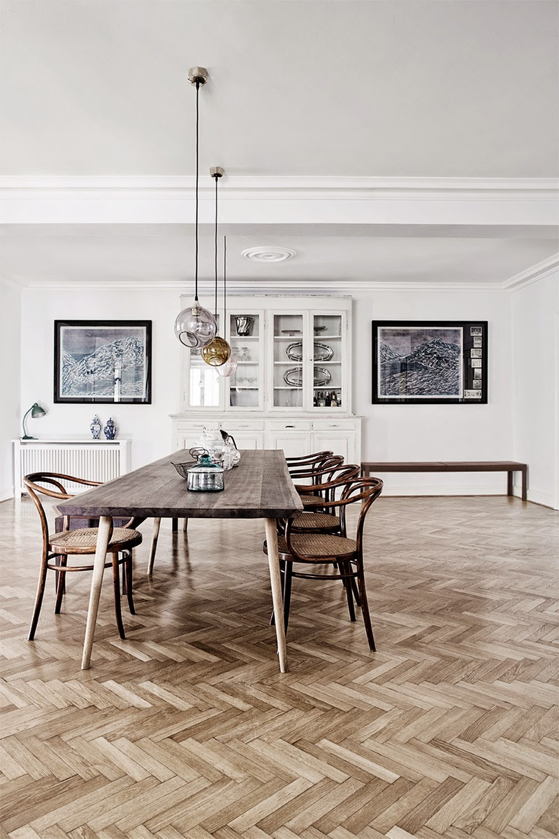 Contemporary pendant lights in dining room