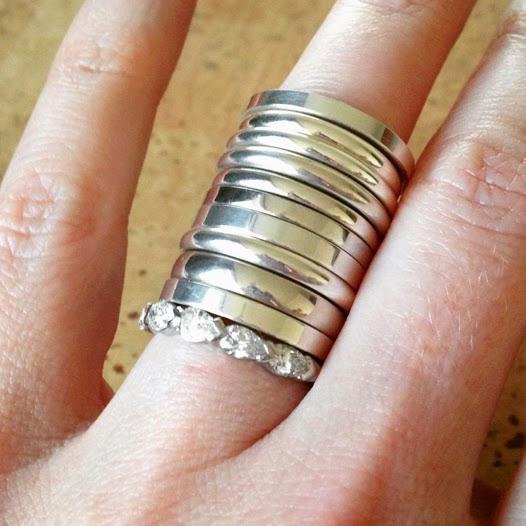 world of wedding wednesday 8 buying wedding rings