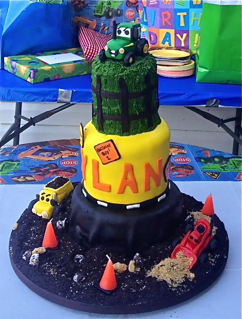 Sweet Ts Cake Design Construction And John Deere Tractor Birthday Cake