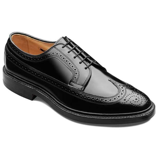 0384495a6e90f I jeszcze jedna istotna rzecz. Brogues mogą mieć mniej lub więcej wzorków.  Im mniej wzorków, tym bliżej im do bardziej formalnych butów.