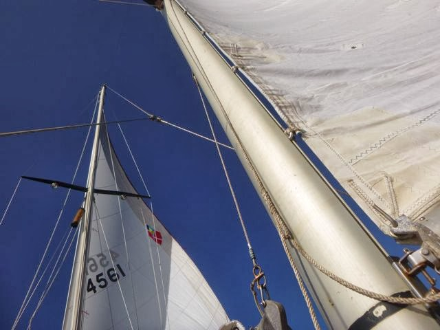 snaggle tooth sailing in the bahamas with jib and mizzen no main