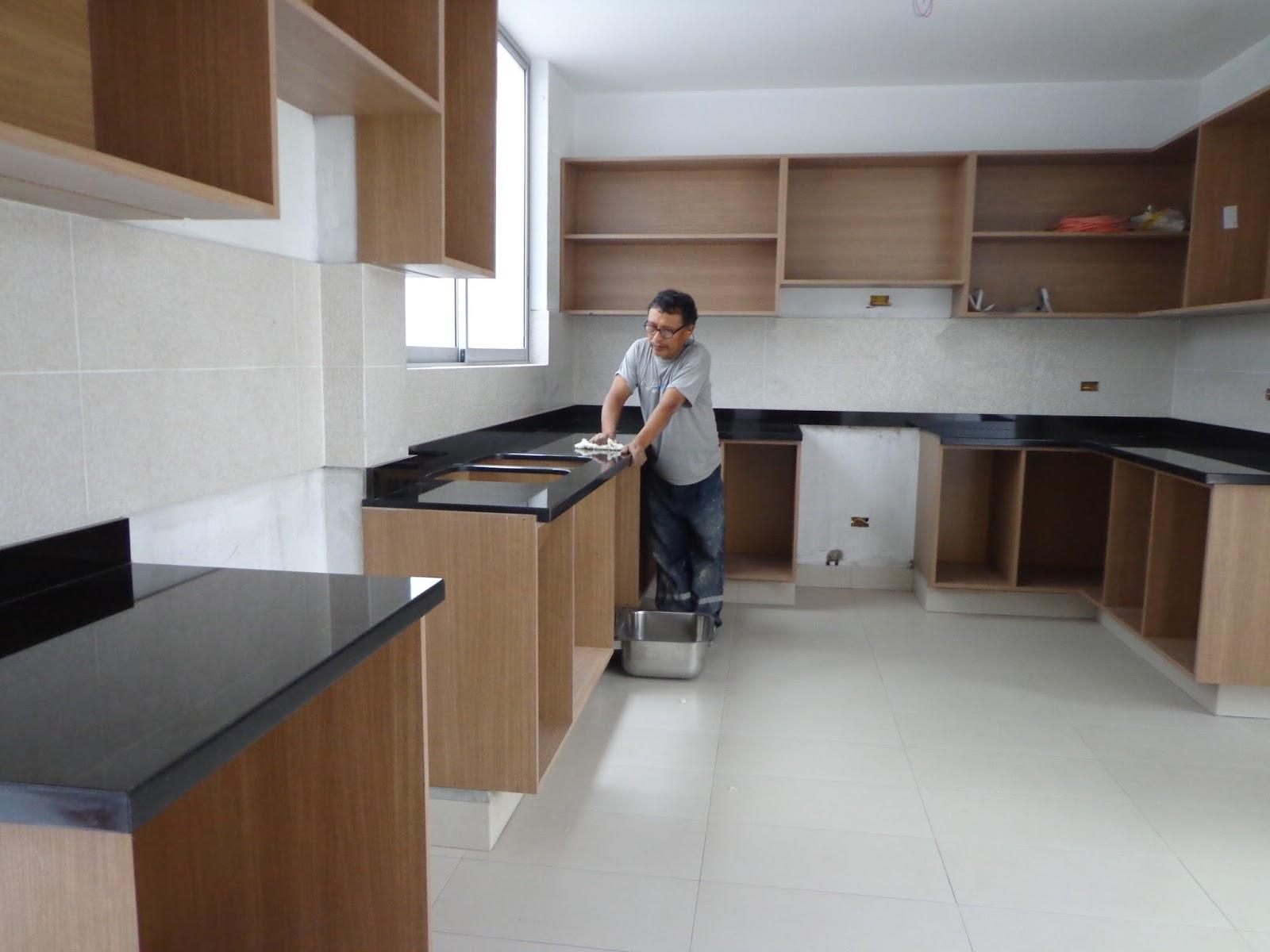 Granito o cuarzo en la encimera de su cocina 2015 for Encimera cocina marmol o granito