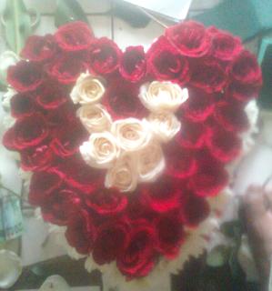 Toko Bunga CIkarang - Handobuquet Mawar Merah