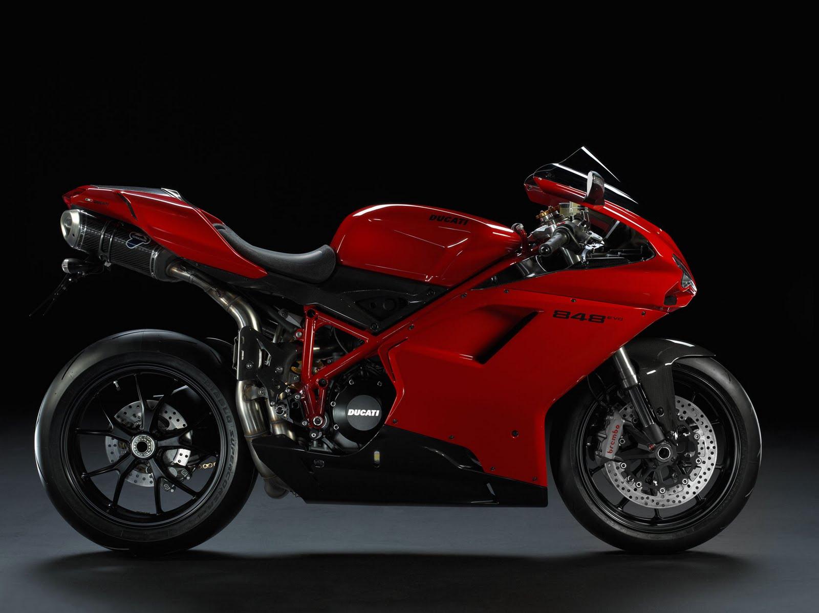 http://4.bp.blogspot.com/-S9s2aFUVxLY/TeKSQZQtHgI/AAAAAAAAAY4/8CG2Lsn9PZQ/s1600/2011-Ducati-848-EVO-Sportbike.jpg