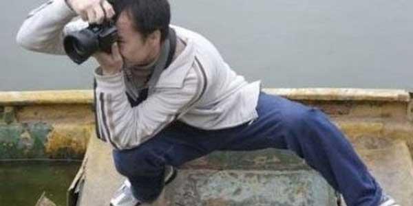 Posisi Aneh Kameramen Saat Mengambil Gambar