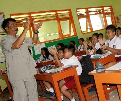 Indonesia Darurat Guru SD, PGRI Pemerintah Gunakan Data Yang Menyesatkan