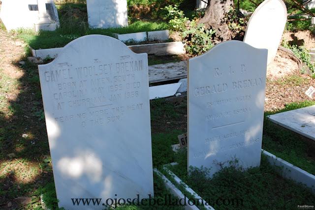 Tumba de Gerald Brenan en Cementerio inglés de Málaga