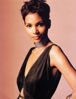 Halle Berry Pictures Gallery