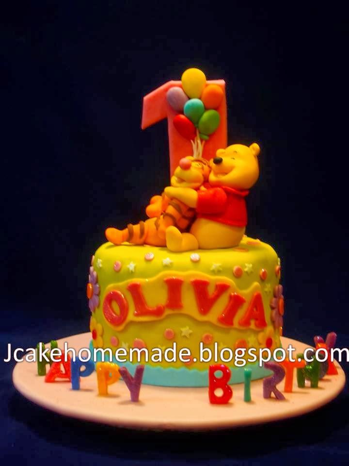 Jcakehomemade winnie the pooh birthday cake