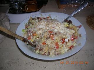 merluzzo con patate in salsa di latte di soia...polpette  impanate di merluzzo - insalata di riso semplice..