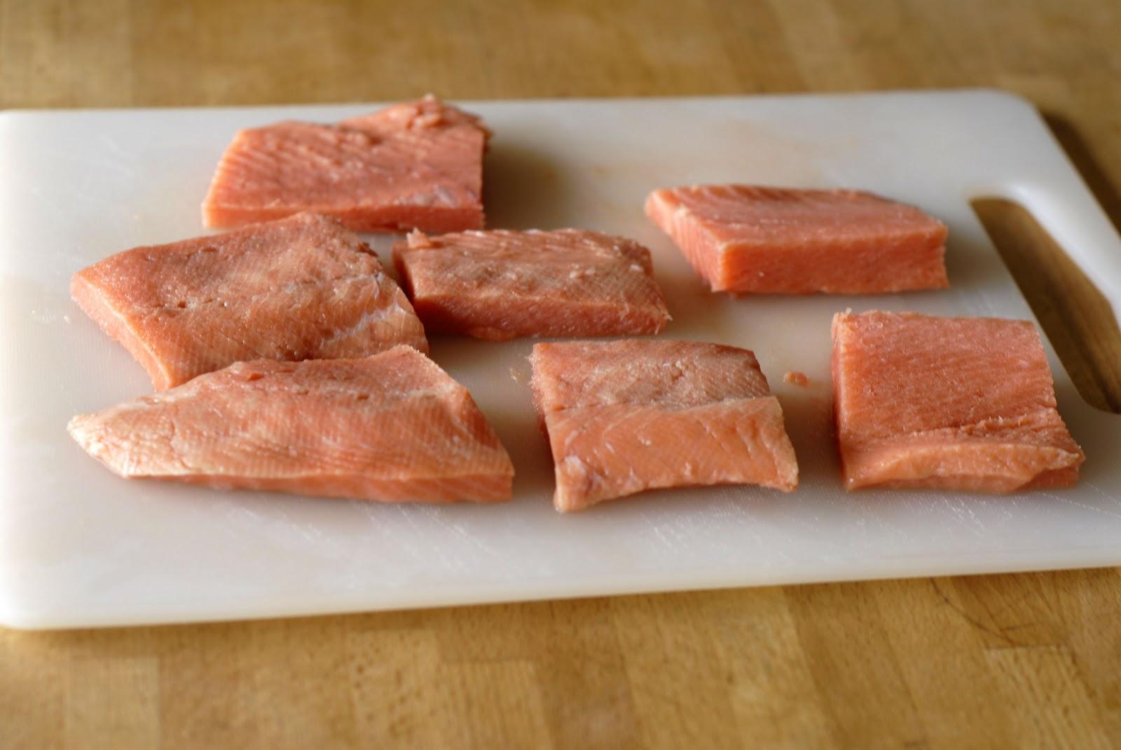 http://4.bp.blogspot.com/-SBSJmYO2DPs/TwvZ3LvvNiI/AAAAAAAABKk/V95bXepb-lY/s1600/salmon.JPG