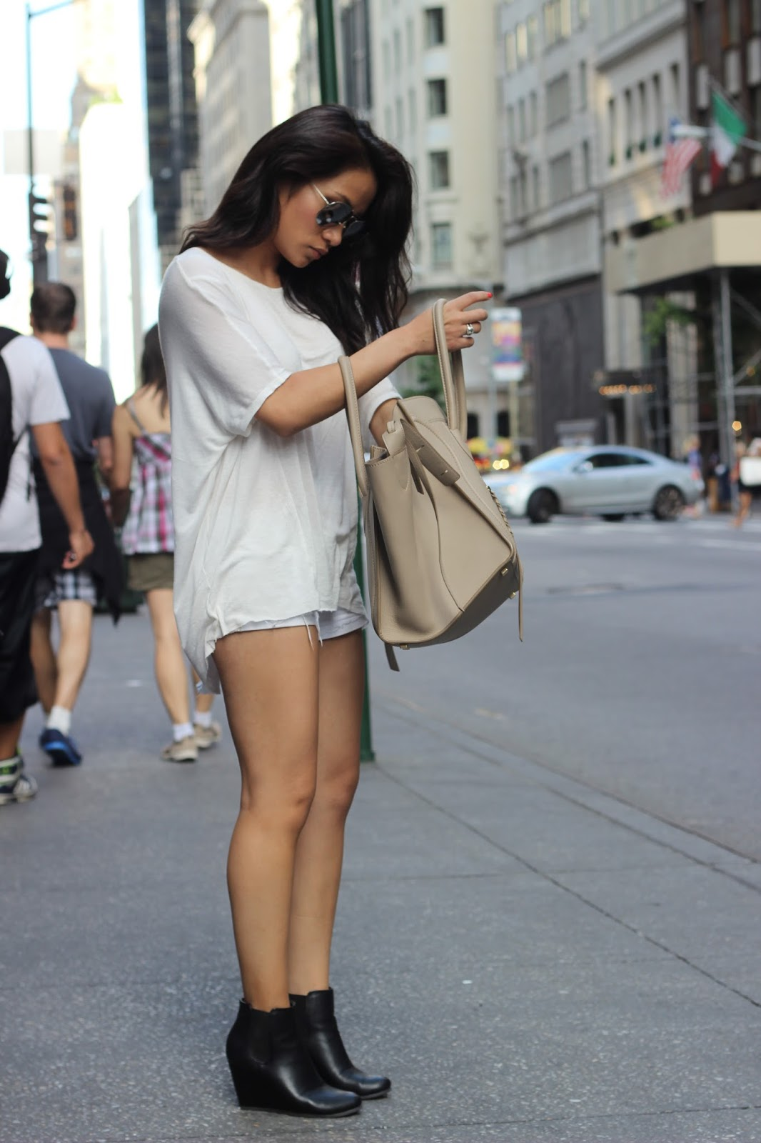 taupe celine phantom bag, new york city, melba nguyen, sole trekking, stuart weitzman, celine phantom