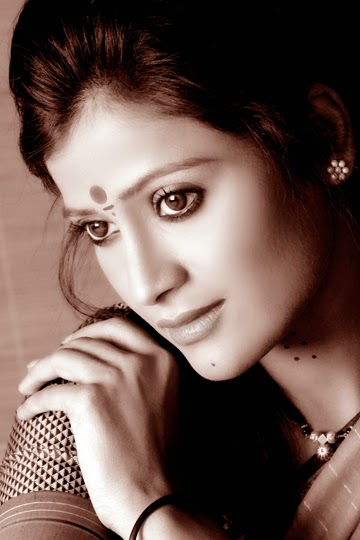 Devyani Dazzling Picture Shoot in Saree and Western Outfits Portfolio Pics