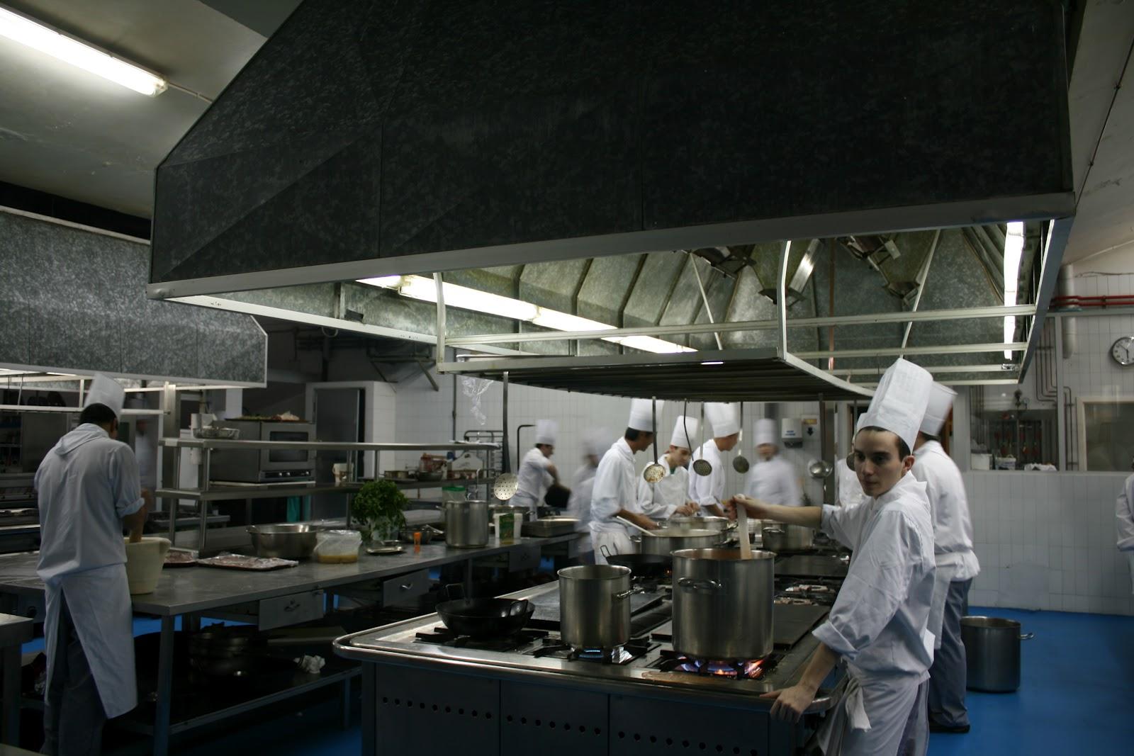 Visita a la escuela superior de hosteler a y turismo de - Escuela de cocina ...