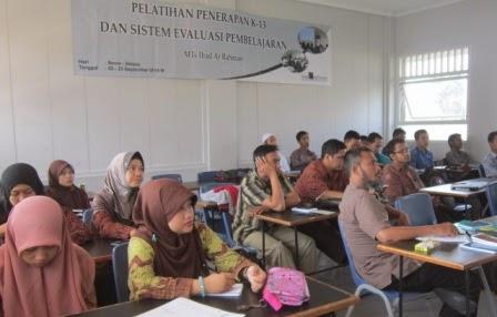 Pelatihan Kurikulum 2013 di MTs Ibad Ar Rahman Cimanuk, Pandeglang