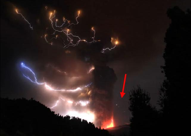 Ufopolis net los ovnis de la explosi n del volc n chileno que equival a a 70 bombas at micas