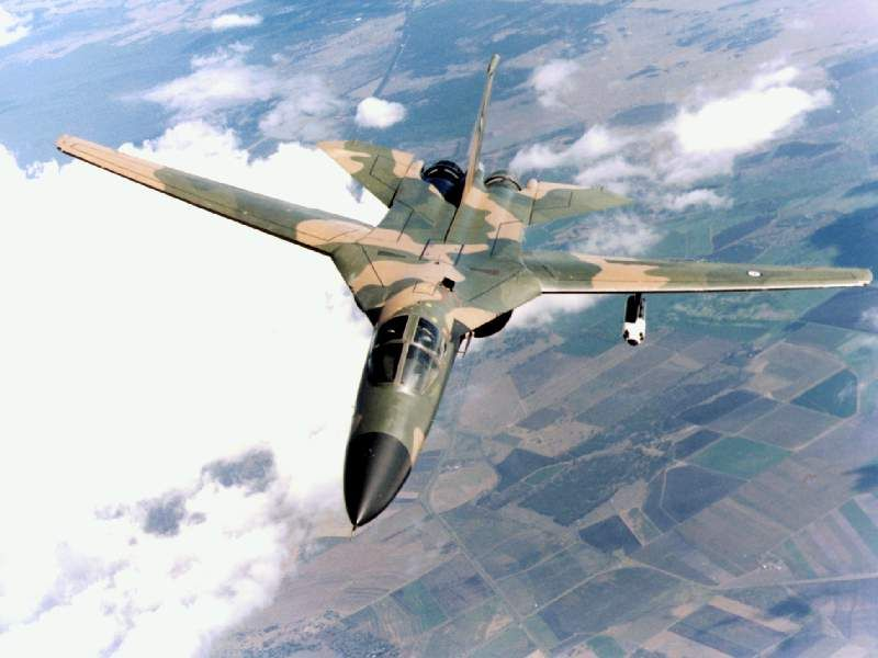 F-111 Aardvark Tactical Fighter Bomber |Military Aircraft ...