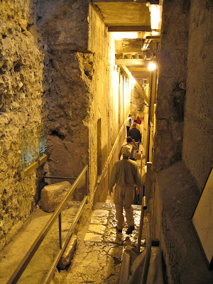 Rabbi Tunnel 010%255B1%255D An Underground Journey To Century One Jerusalem