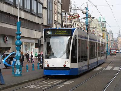 El tranvía en Amsterdam