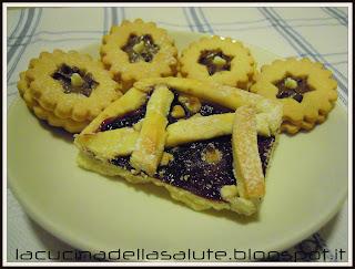 crostata e biscotti con frolla all'olio