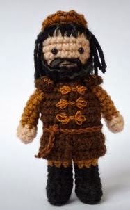 http://www.ravelry.com/patterns/library/medieval-fantasy-king?buy=1