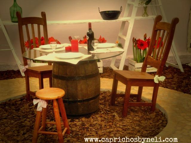 Objetos antigos na decoração, barril de madeira